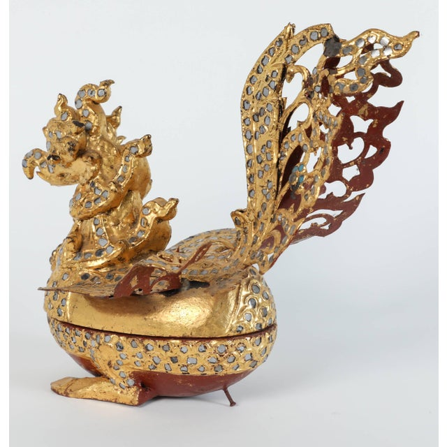 Set of Three Hintha Burmese Bird-Shaped Betel Gold Lacquered Box For Sale - Image 4 of 12