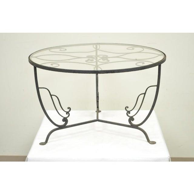 Art Deco Vintage Salterini Wrought Iron Art Nouveau Deco Patio Garden Round Coffee Table For Sale - Image 3 of 10