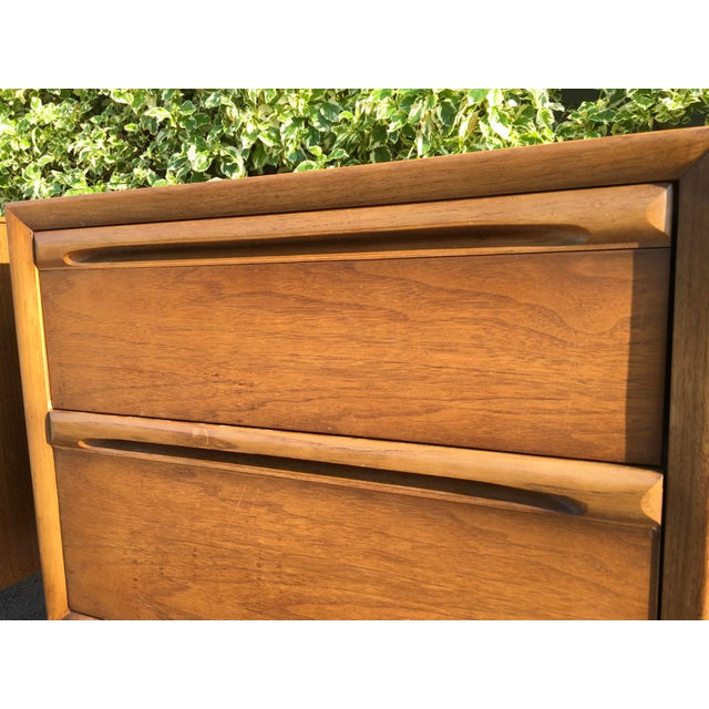 Mid-Century Modern Walnut Nightstands - A Pair - Image 4 of 6