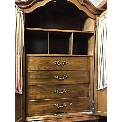 Carlton House French Louis XV Style Mahogany Armoire Cabinet - Image 8 of 11