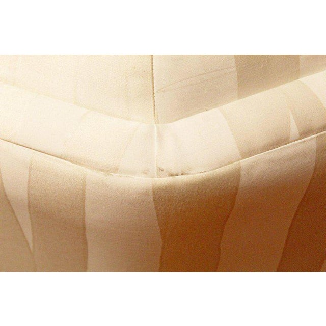 Textile Mid-Century Modern Four-Piece White Octagon Sectional Sofa Baughman, 1970s For Sale - Image 7 of 13