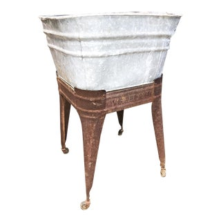 Vintage Country Galvanized Metal Wash Tub with Stand