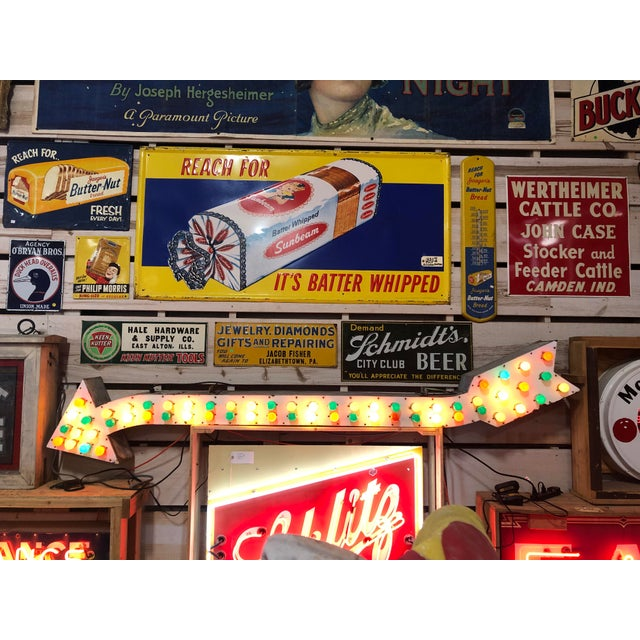 White 1930's Light Up Arrow Sign For Sale - Image 8 of 8