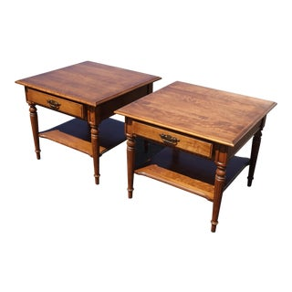 Pair of Vintage Ethan Allen Traditional French Country Brown End Tables For Sale