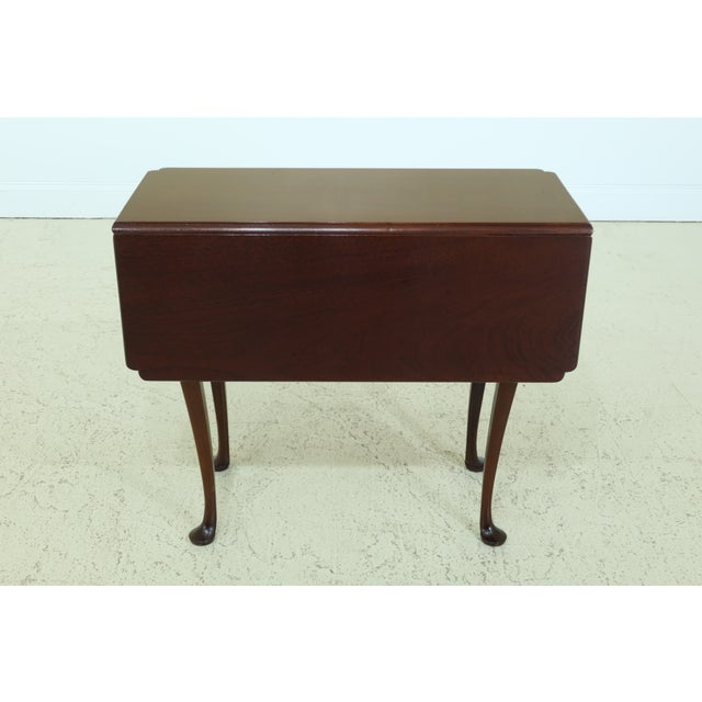 Stickley Colonial Williamsburg Drop Side Mahogany Table For Sale In Philadelphia - Image 6 of 11