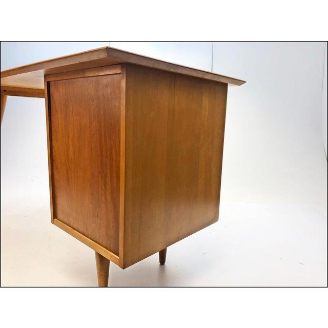 Mid Century Modern Paul McCobb Planner Group Desk & Chair For Sale - Image 6 of 13