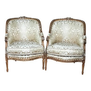 20th Century French Style Barrel Back Bergere Chair a Pair For Sale