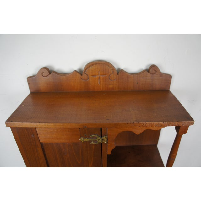 20th Century Early American Style Antique Pine Wall Hanging Medicine Cabinet For Sale - Image 9 of 13
