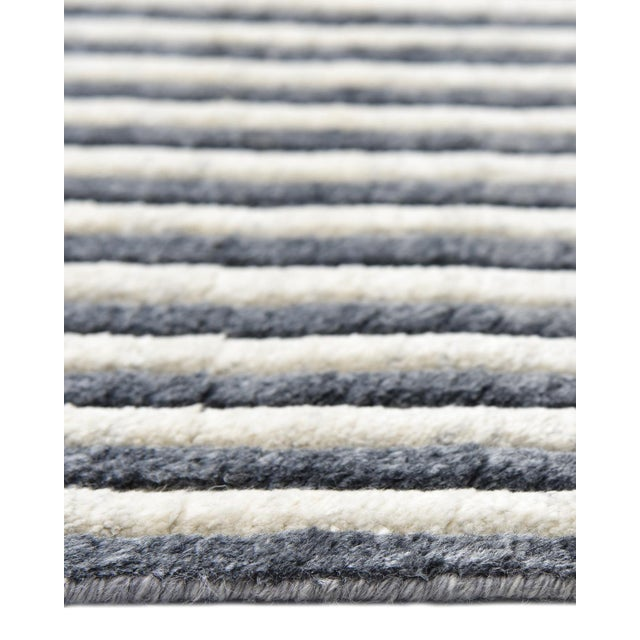 Robbin, Hand-Knotted Area Rug - 8 X 10 For Sale In New York - Image 6 of 9