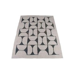 Geometric Olive Chain Pattern Dhurrie Rug