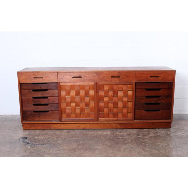 Dunbar Furniture Woven Front Cabinet by Edward Wormley for Dunbar For Sale - Image 4 of 10
