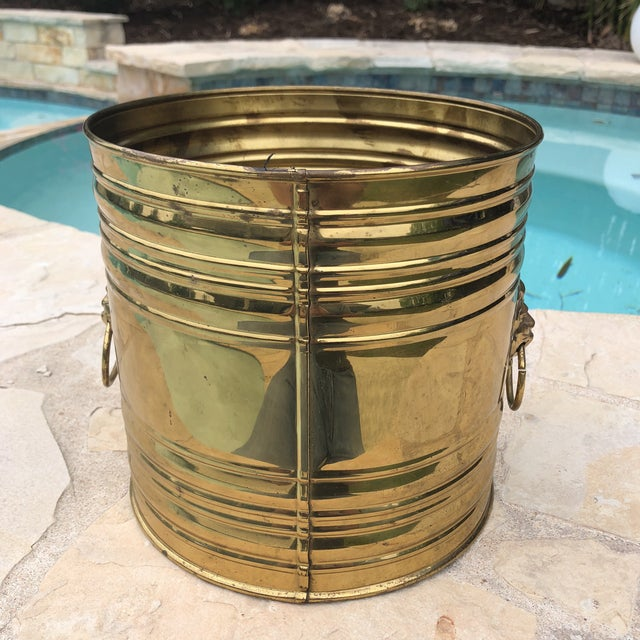 English Traditional Vintage English Brass Dual Lions Head Planter For Sale - Image 3 of 10