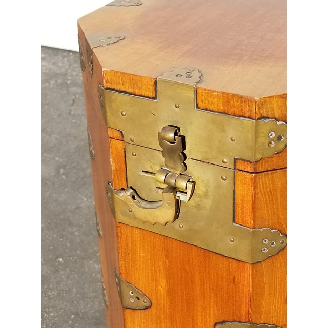 Vintage Oriental Asian Hat Box Storage Box /Stool Made in Korea 1938 For Sale - Image 4 of 13
