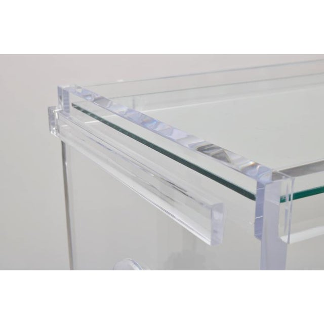 Glass Customizable Rectangular Shaped Bespoke Bar Cart in Lucite and Mirror by Alexander Millen For Sale - Image 7 of 10