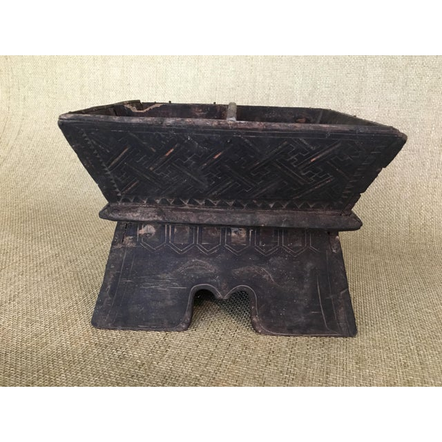 Asian Early 20th Century Traditional Decorated Wood Box For Sale - Image 3 of 11