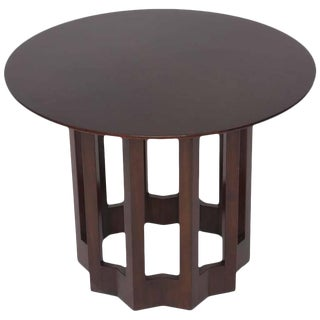 Mid-Century Modern Round Side Table in Walnut by Harvey Probber, 1960s For Sale