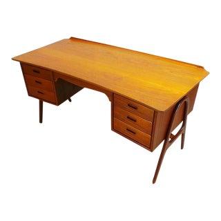 Svend Madsen Mid-Century Danish Modern Double Sided Teak Curved Executive Desk For Sale