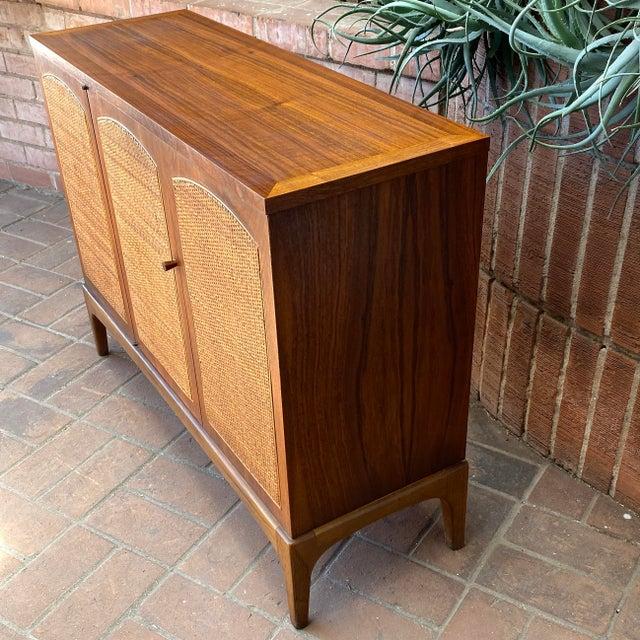 "Mid-Century Modern Mid-Century Modern Lane ""Rhythm"" Walnut and Cane Cabinet For Sale - Image 3 of 10"