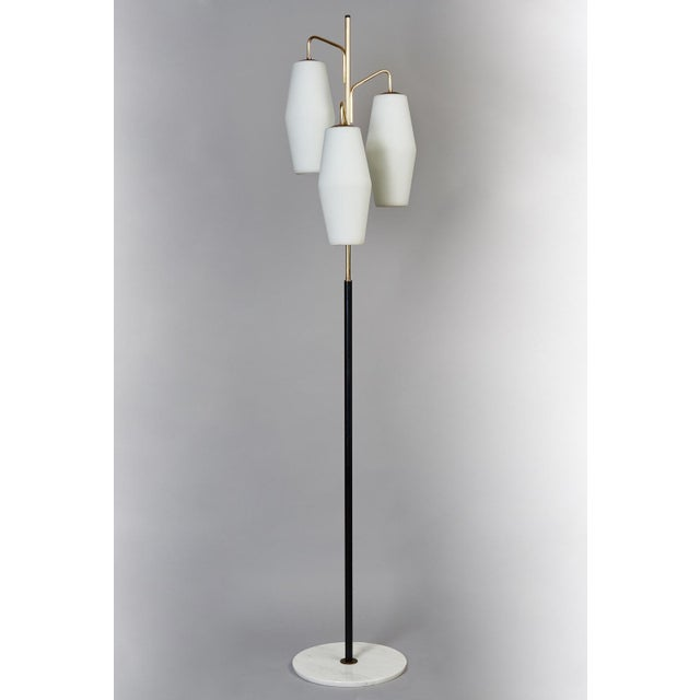 Stilnovo Monumental Floor Lamp in Marble and White Glass, Italy 1950's For Sale - Image 9 of 9