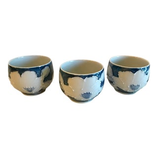 20th Century Japanese Fitz and Floyd Blue & White Bowls - Set of 3 For Sale