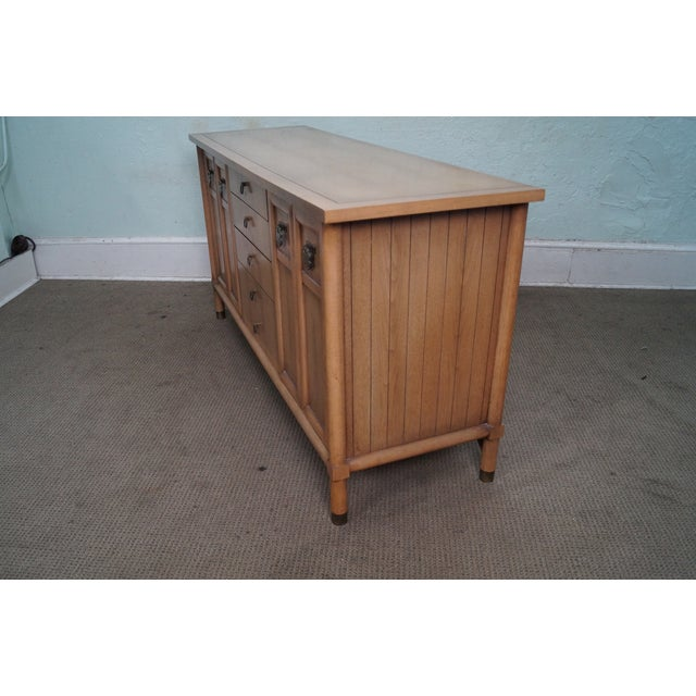 Mid-Century Modern American of Martinsville Mid Century Modern Credenza Sideboard For Sale - Image 3 of 10