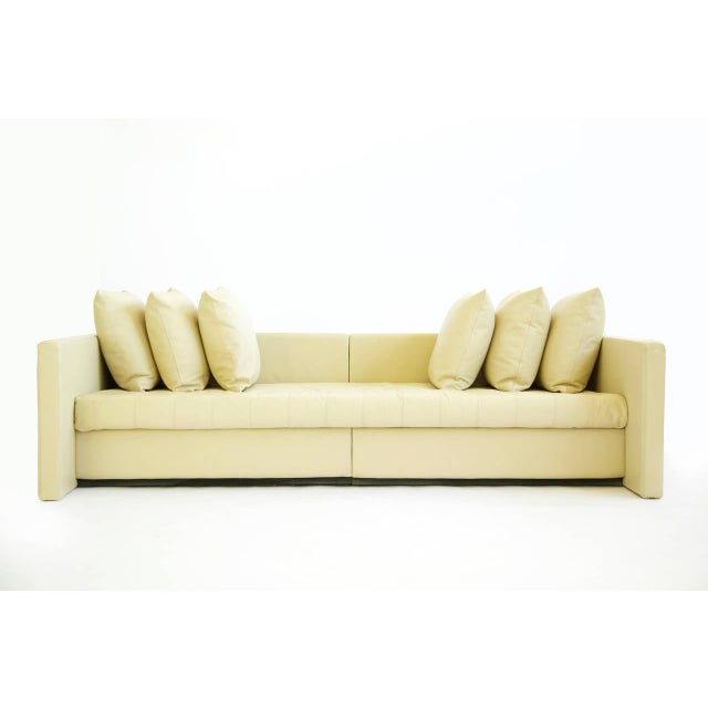 1980s 1980s Knoll / Joe d'Urso Linear Sofa in Leather For Sale - Image 5 of 11