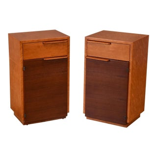 Pair of Nightstands by Gilbert Rohde for Herman Miller For Sale