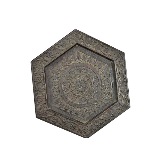 Anglo Indian Highly Carved Ebonized Plant Stand Antique For Sale In Los Angeles - Image 6 of 8