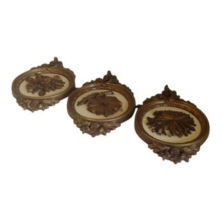 Vintage Syroco Gold & Cream Floral Wall Plaques - Set of 3 For Sale