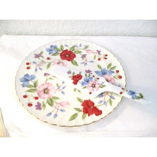 1980s Victorian Floral Porcelain Cake Plate with Server - 2 Pieces Preview