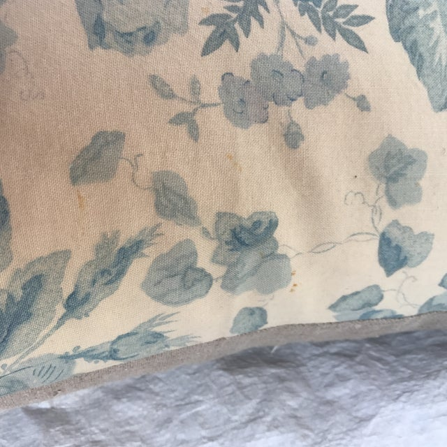 """2010s Ralph Lauren """"Faded Bouquet"""" Blue & White Floral Pillows~Pair For Sale - Image 5 of 11"""