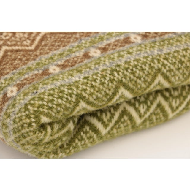 English Amana Woolen Mills Fair Isle Wool Blanket For Sale - Image 3 of 6