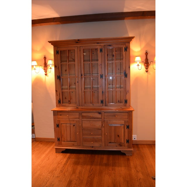 Ethan Allen Country Craftsman Lighted China Cabinet - Image 2 of 5