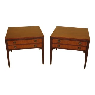 1940s Traditional Kittinger Mahogany 1 Drawer End Tables - a Pair For Sale