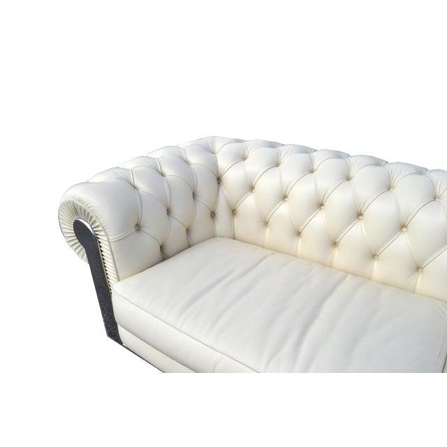 Fendi Casa Albino Tufted Leather Sofa in Chesterfield Style For Sale In Miami - Image 6 of 11