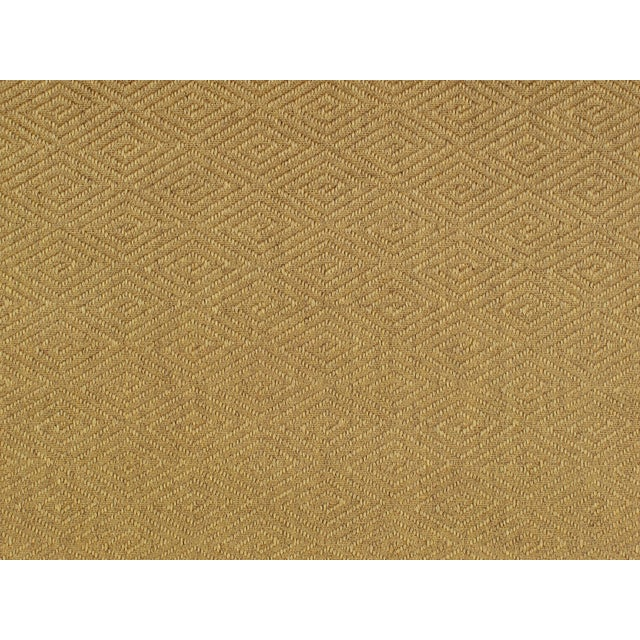 Made of 100% sisal. Woven construction with a loop texture.