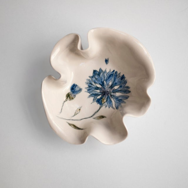 Cornflower Primavera Porcelain Bowl For Sale - Image 10 of 10