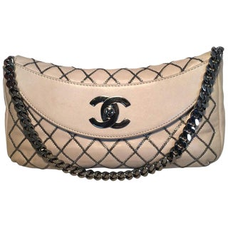 Chanel Beige Leather Gunmetal Chain Quilted Classic Flap Shoulder Bag For Sale