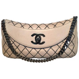 Image of White Handbags and Purses