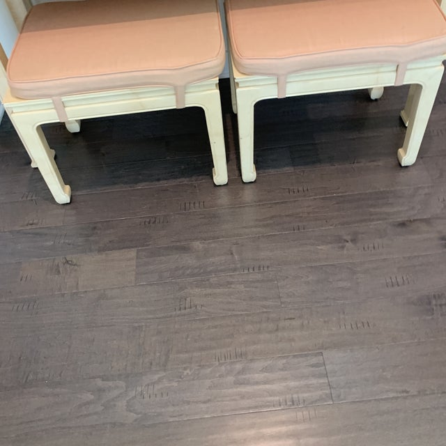 Henredon Vintage Ming Style Henredon Console Table & Stools- 3 Pieces For Sale - Image 4 of 13