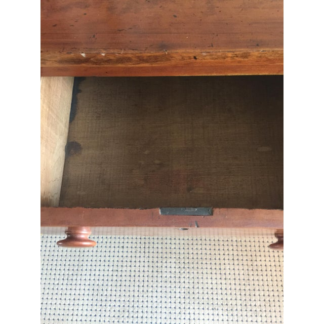 Antique Federal Style Chest of Drawers in Cherry For Sale - Image 4 of 8