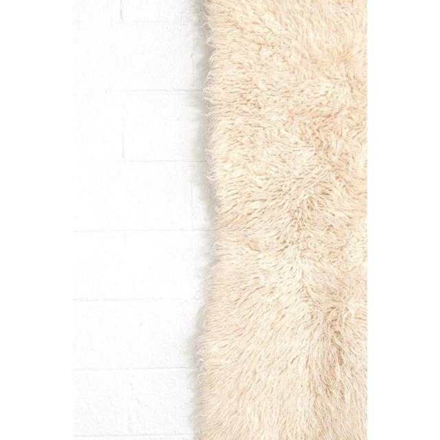 "Vintage Mid Century Wool Shag Rug - 3' X 5'5"" For Sale - Image 4 of 11"
