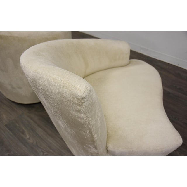 Vladimir Kagan Bilbao Lounge Chairs- a Pair For Sale In Boston - Image 6 of 8