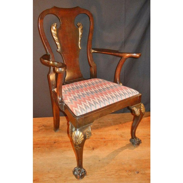 George II-style Hand-Carved and Parcel-Gilt Arm Chairs, England Circa 1810-1830 - A Pair For Sale - Image 4 of 13