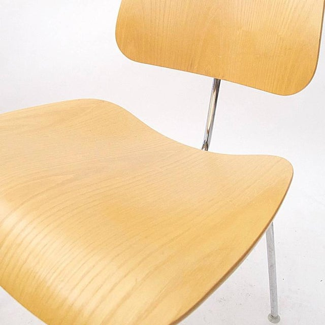 Charles Eames DCM Bent Plywood & Steel Chair for Herman Miller in White Ash For Sale In New York - Image 6 of 6
