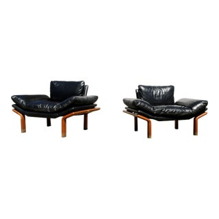 1960s Vintage Danish Modern Komfort Leather and Teak Floating Lounge Chairs - A Pair For Sale