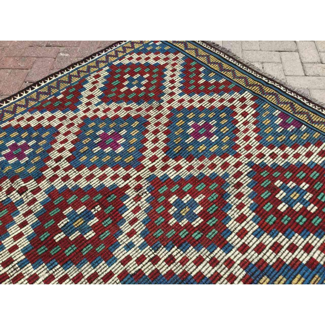 1960s Vintage Turkish Kilim Rug For Sale - Image 5 of 9