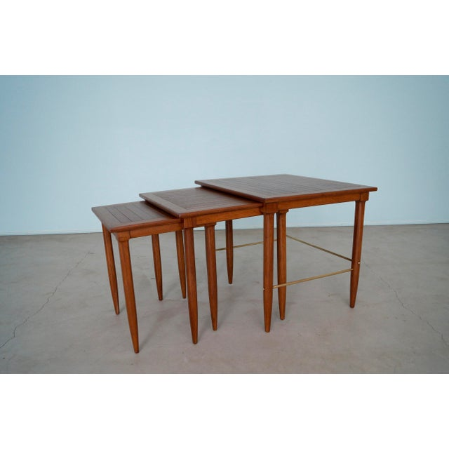 Mid-Century Modern 1950s Mid-Century Modern Tomlinson Nesting Tables - Set of 3 For Sale - Image 3 of 13