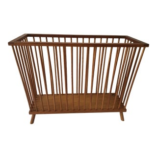 Vintage Mid-Century Spindle Magazine Rack For Sale