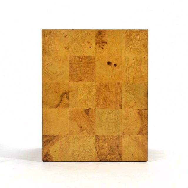 Thayer Coggin Milo Baughman Burl Patchwork Pedestal/ End Table by Thayer Coggin For Sale - Image 4 of 9